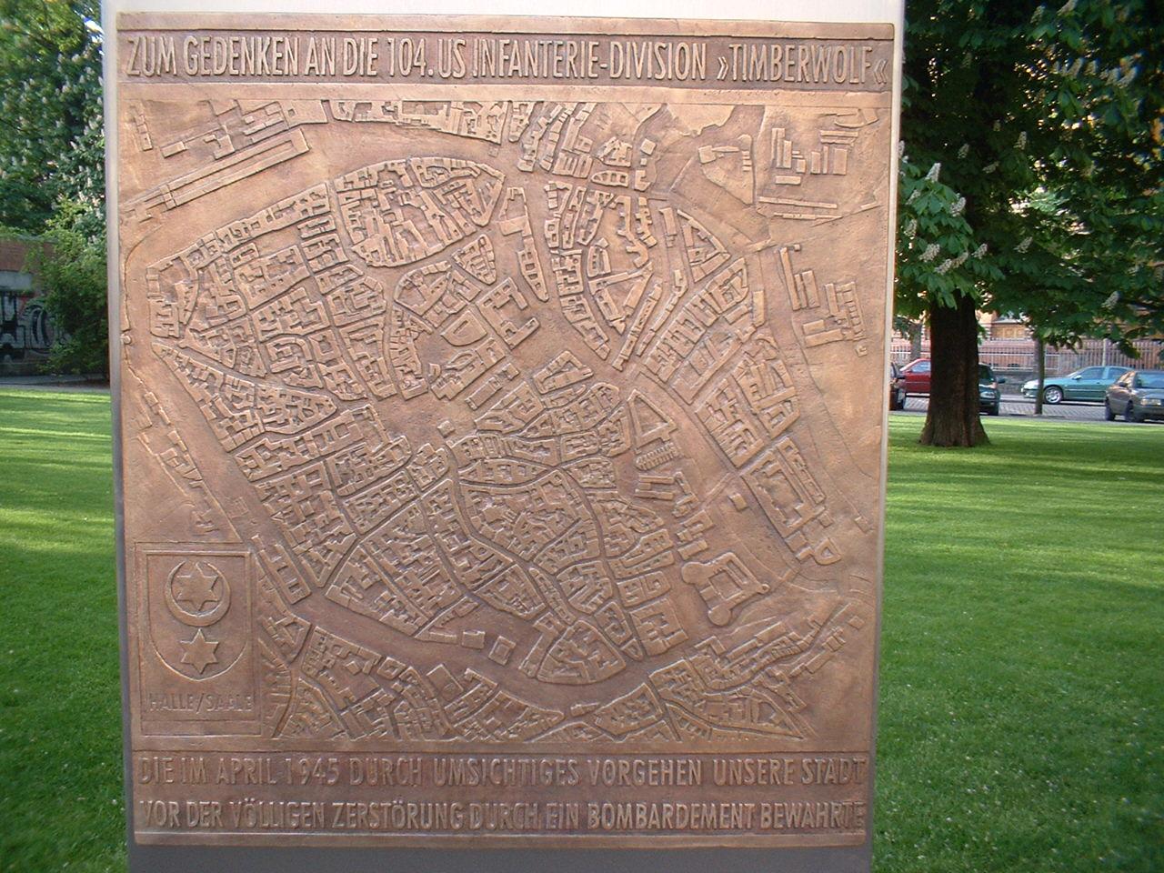 Timberwolf Denkmal in Halle